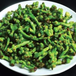 Bengali Recipe Pui Mituli Recipe - Malabar Spinach Seeds Curry
